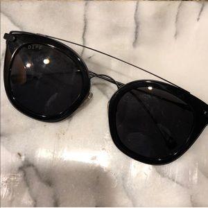 DIFF Eyewear Polarized Zoey Glasses